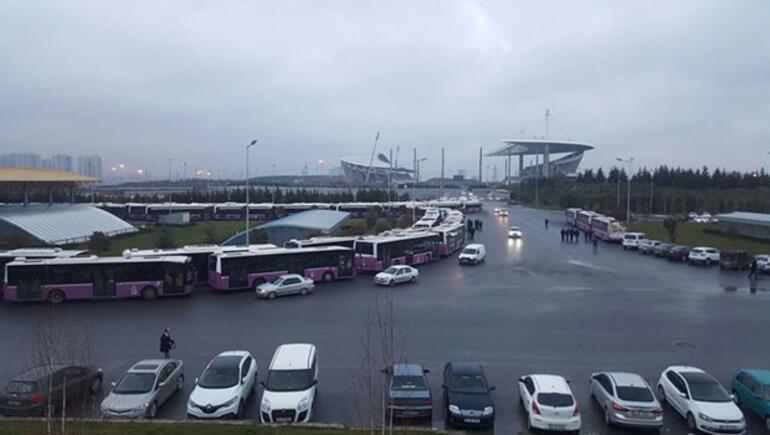 Son dakika: İstanbullular dikkat... 600 otobüs kontak kapattı...