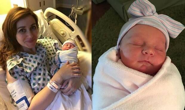 ABD'nin Kentucky eyaletinde yaşayan Dr. Amanda Hess, kendi çocuğunun doğumundan hemen sonra, sancıları başlayan başka bir annenin doğumuna yardım etti.
