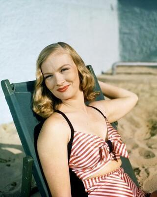 1. Veronica Lake'in dalgaları