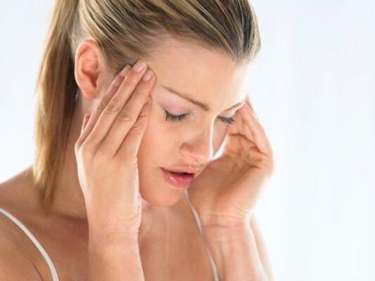 Her baş ağrısının arkasında bir hastalık mı var?