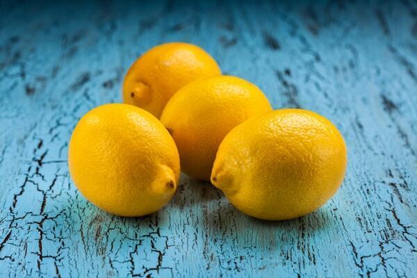Limon - 100 gramı 27 kalori