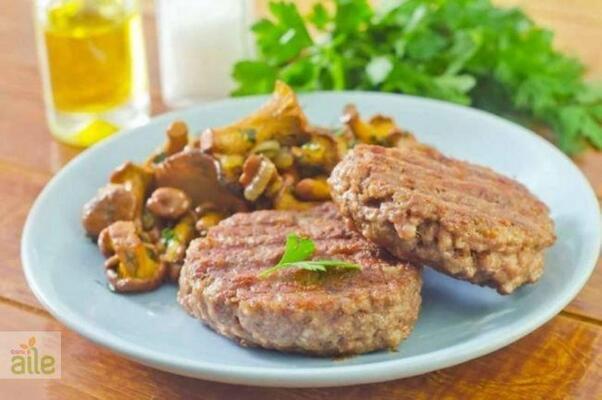 2- Daha az kalori almak için köfteyi hindi etinden yapmayı deneyin
