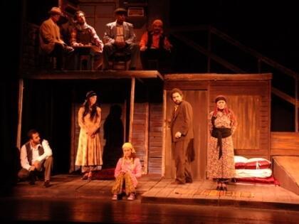 Diyarbakır Tiyatroyla Şenleniyor