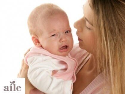 Bebekte gaz sancısı belirtileri ve nedenleri