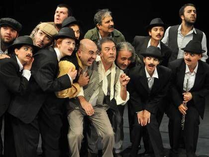 Pınar, Dünya Tiyatro Günü'nü Çanakkale'de Kutlayacak 19