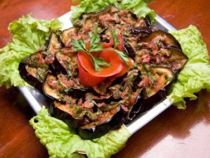 Beğendili patlıcan kebabı tarifi