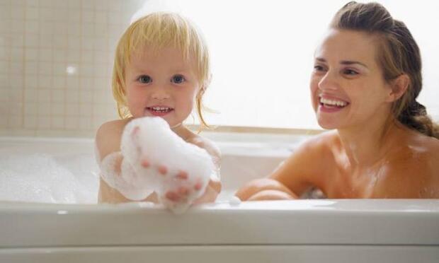 мама моется фото