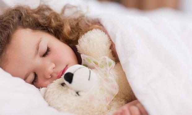 Çocuklar yazın öğle uykusuna kaçta yatırılmalı?