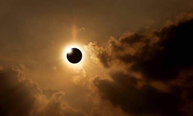 Güneş tutulması ve Yeni Ay'ın burçlara etkileri