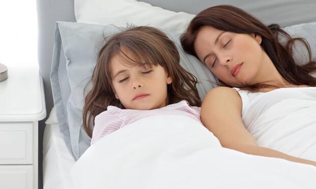 Çocuğunuz yalnız uyuyamıyor mu?