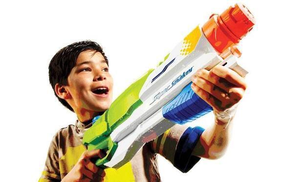 Super Soaker'den çocuklara özel su tabancaları