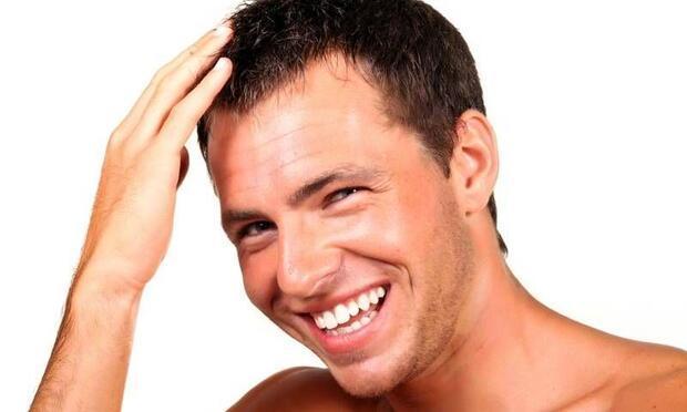 Saç ektiren erkeklerin kendine güveni geliyor