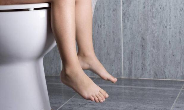 Çocuğunuzun 2 saate bir tuvalete gitmesini sağlayın!