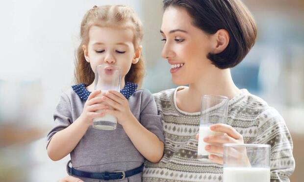 Çocuklara yatmadan önce süt vermeyin!