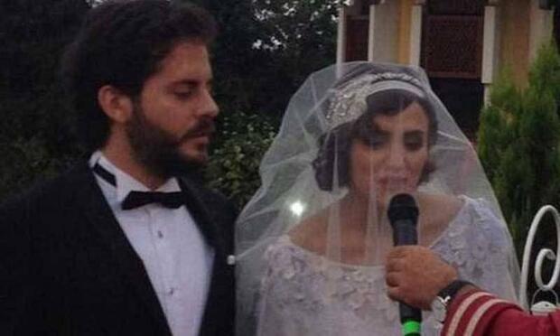 Ünlü oyuncu Nehir Erdoğan evlendi!