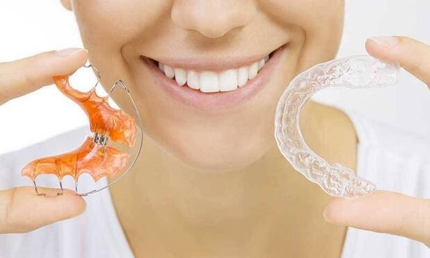 Görünmeyen ortodontik teller kullanışlı mıdır?