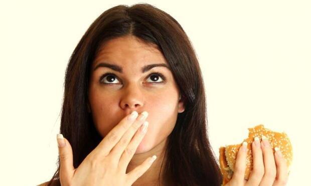 Sigarayı bırakanlar neden kilo alır?