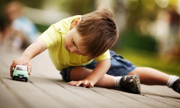 Oyuncak, çocuğunuza verdiğiniz bir rüşvet olmamalı