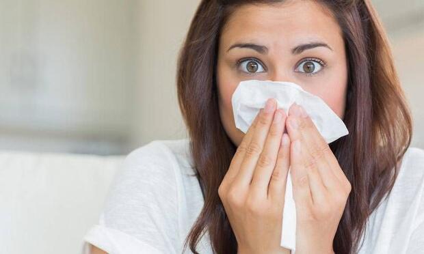 Alerjisi olan kişiler gerekirse halıları kaldırmalı