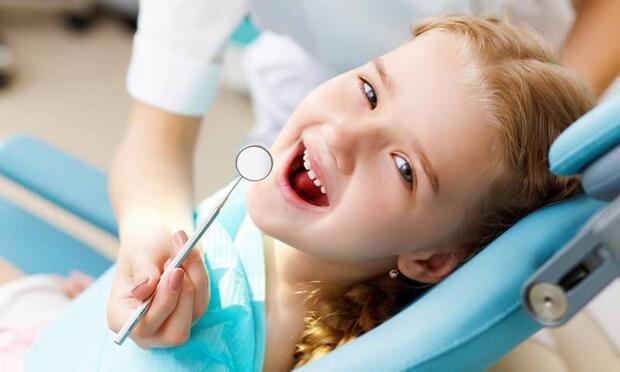 Korkan çocukların diş tedavisi nasıl yapılır?