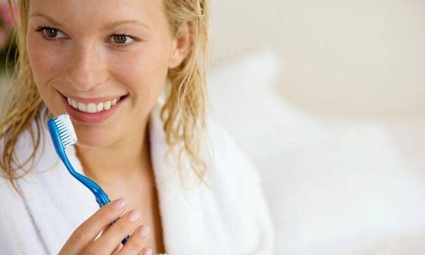 Hamilelikte diş fırçalamak midenizi bulandırıyorsa...