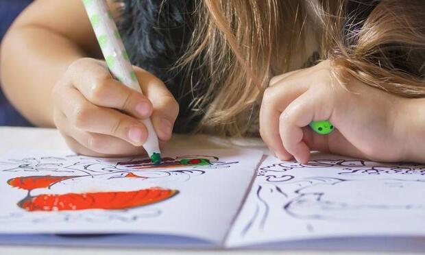 Çocuklar ruh hallerini resimlerle dışa vuruyor