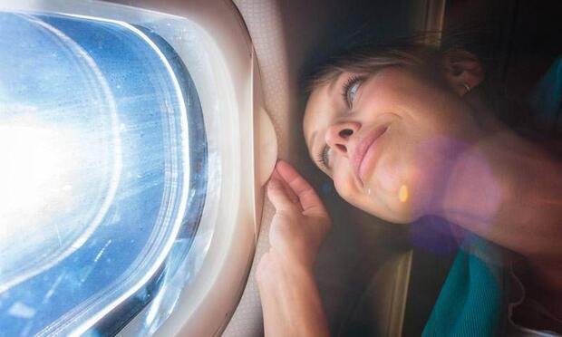 Uçuş fobisi ile başa çıkmak için 8 tüyo