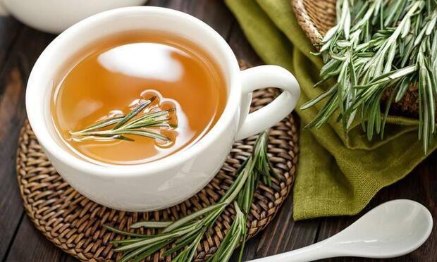 Hafızayı güçlendiren biberiye çayı!