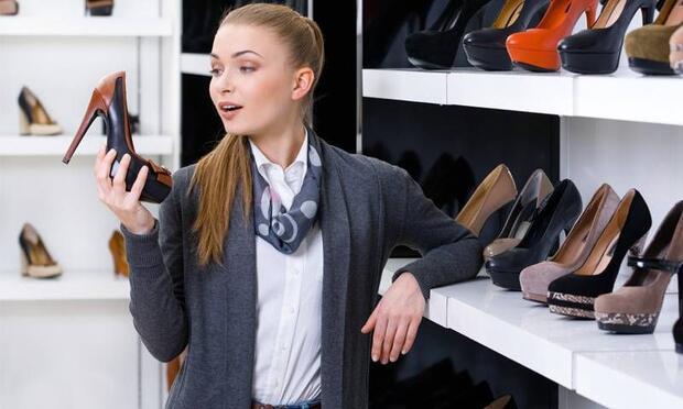 Yanlış ayakkabı seçimi şekil bozukluğuna neden oluyor
