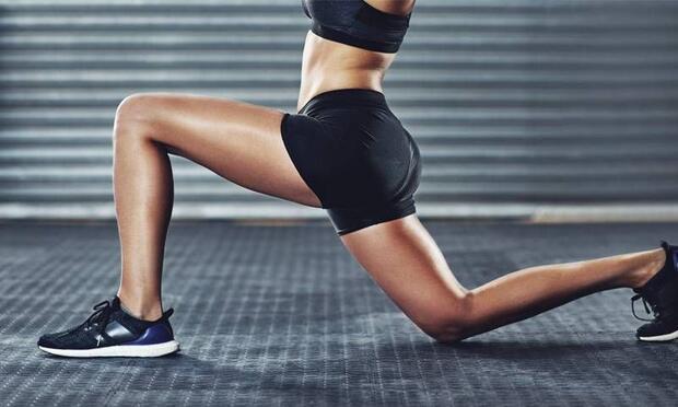 Evde yapılan ve bacakları incelten 7 süper egzersiz!