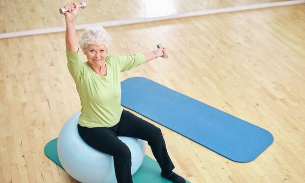 Düzenli egzersiz Parkinson riskini azaltıyor
