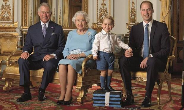 Prens George'un ilk pul pozu