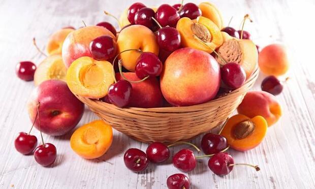 10 mucizevi yaz meyvesi