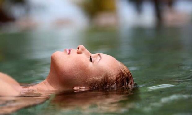 Dikkat, bu hastalık kirli havuzlardan bulaşıyor