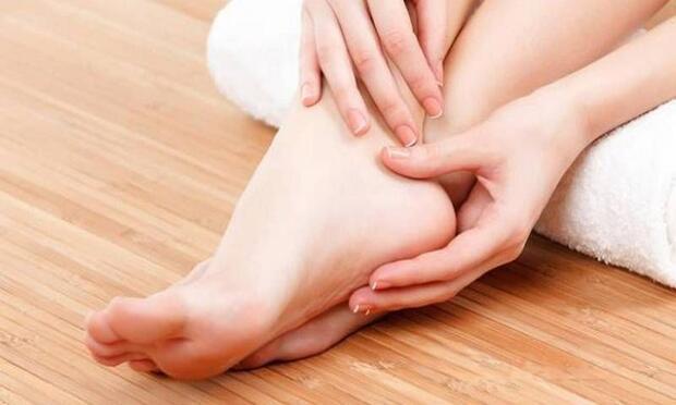Ayaklarda şişlik neden oluşur?