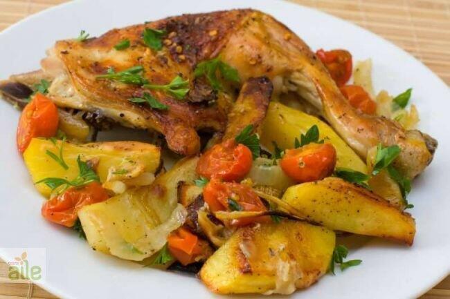 Fırında sebzeli tavuk but tarifi