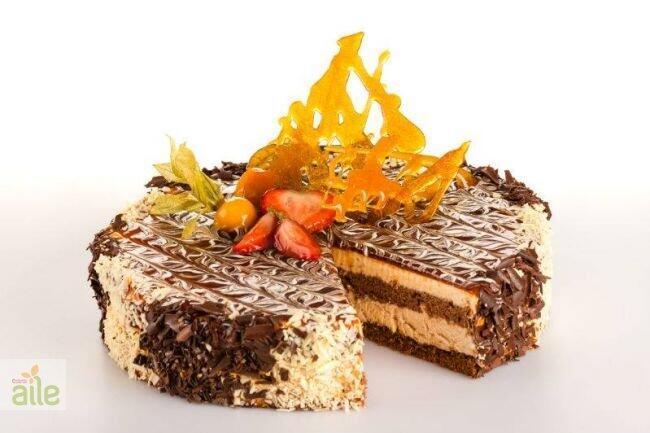 İncirli ve kayısılı pasta tarifi