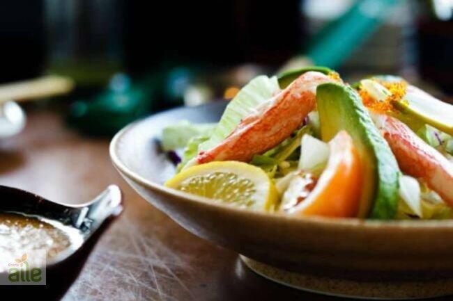 Avakado salatası tarifi