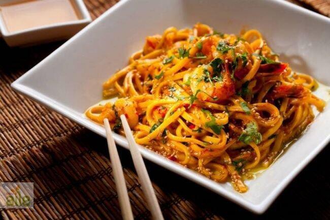 Soya soslu noodle tarifi