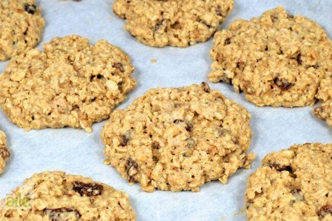 Ceviz ve bademli kurabiye tarifi