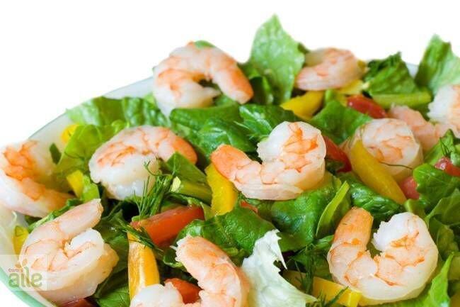 Karidesli döğme salatası tarifi