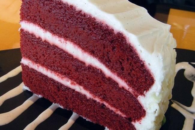Kremalı vişneli ıslak kek tarifi