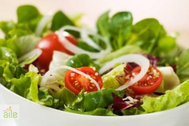 Sebzeli salata tarifi
