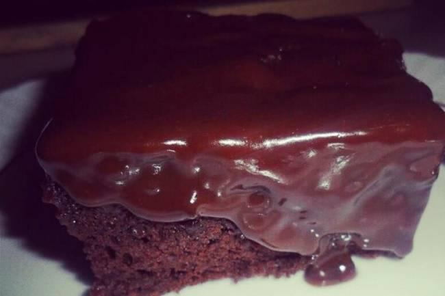 Çikolata soslu brownie tarifi