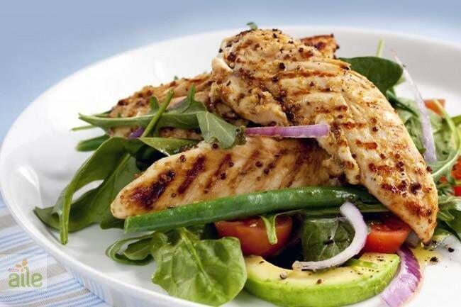 Sıcak tavuklu salata tarifi