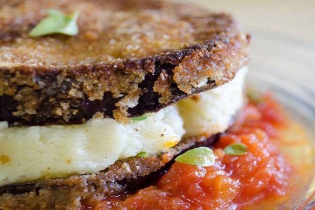 Patates püreli patlıcan sandviç tarifi