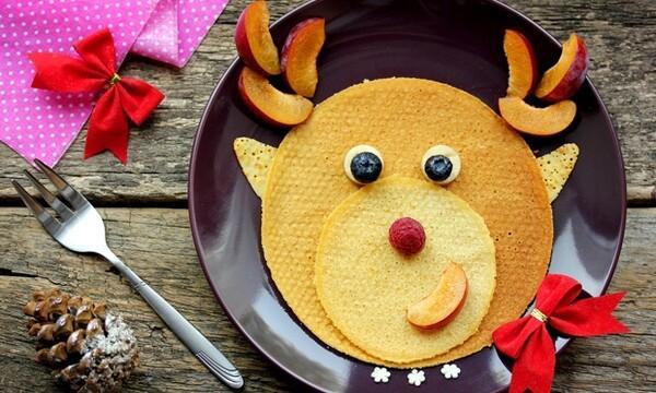 Çocuklar için eğlenceli kahvaltı tabakları