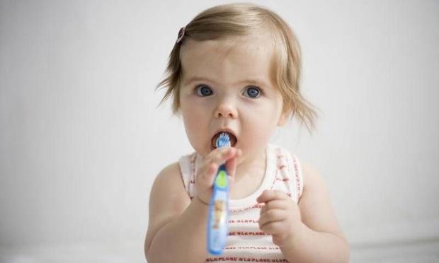 Çocuğunuzun süt dişlerine iyi bakın!