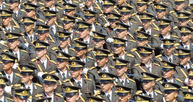 Turkish General Staff hits back salary accusations - Turkey News