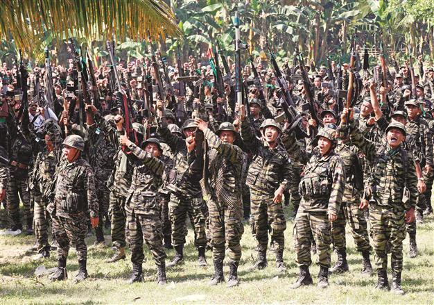 Philippines Muslim Rebels Sign Landmark Peace Deal